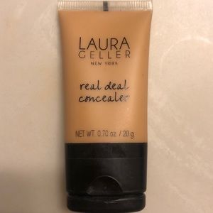 Laura Geller Real deal concealer in medium